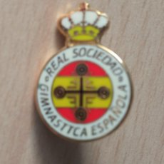 Collectionnisme sportif: PIN PINS FUTBOL REAL SOCIEDAD GIMNASTICA ESPAÑOLA (MADRID). Lote 233317935