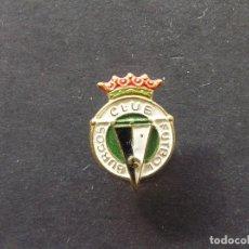 Coleccionismo deportivo: PIN DE SOLAPA BURGOS CLUB DE FUTBOL - AÑOS 70. Lote 235225560