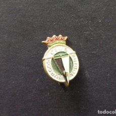 Coleccionismo deportivo: PIN DE ALFILER BURGOS CLUB DE FUTBOL - AÑOS 70. Lote 235225670
