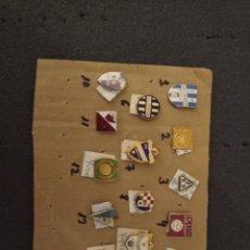 Coleccionismo deportivo: LOTE DE 14 INSIGNIAS DE YUGOSLAVIA. Lote 235387190