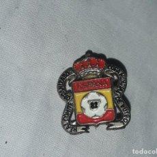Coleccionismo deportivo: INSIGNIA COPA MUNDIAL DE FUTBOL ESPAÑA 1982. Lote 235703075