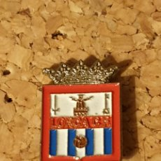 Coleccionismo deportivo: PIN FÚTBOL LORCA C.F. (MURCIA) (COMPLETO). Lote 236239465