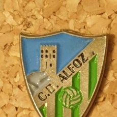 Coleccionismo deportivo: PIN FÚTBOL C.D ALFOZ (LUGO) (COMPLETO). Lote 236260395