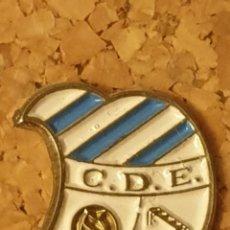 Coleccionismo deportivo: PIN FÚTBOL C.E. EUROPA (BARCELONA) (COMPLETO). Lote 236263780