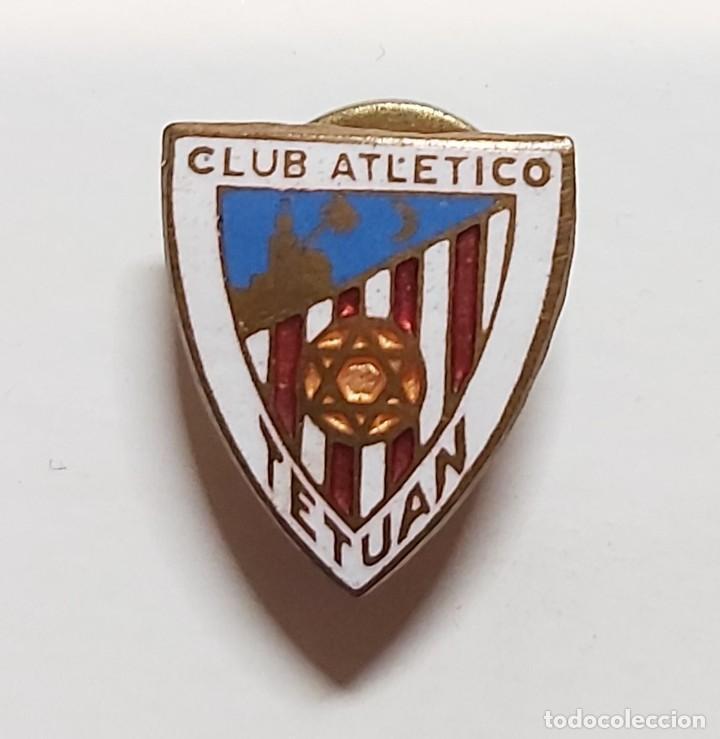 Coleccionismo deportivo: CLUB DE FÚTBOL ATLÉTICO DE TETUÁN. PIN INSIGNIA ESMALTADA . EXCELENTE ESTADO. - Foto 2 - 237206230