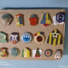 Coleccionismo deportivo: LOTE DE 16 PINS DE CHECOSLOVAQUIA. Lote 238191410