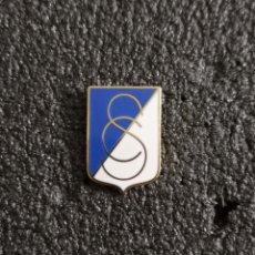 Collezionismo sportivo: PIN CORDOBA SPORTING CLUB - CÓRDOBA. Lote 241785015