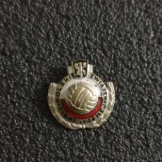 Colecionismo desportivo: PIN ASOCIACIÓN DE FUTBOL DE POLONIA. Lote 242845290