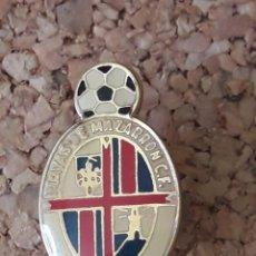 Coleccionismo deportivo: INSIGNIA ESCUDO PLAYAS DE MAZARRON C.F.. Lote 243080510