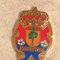 Coleccionismo deportivo: PIN FUTBOL - HUESCA - BELVER DE CINCA - CD BELVER. Lote 243126335