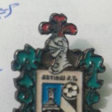 Coleccionismo deportivo: PINS DE FÚTBOL ARTIBAI F. T. MARKINA.VIZVAYA. Lote 243189030