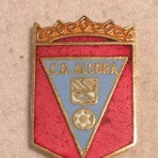 Coleccionismo deportivo: PIN FUTBOL - CASTELLÓ (CASTELLON) - ALCORA - CD ALCORA. Lote 243339990