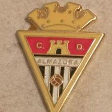 Coleccionismo deportivo: PIN FUTBOL - CASTELLÓ (CASTELLON-ALMAZORA) - ALMASSORA - CD ALMAZORA. Lote 243341695