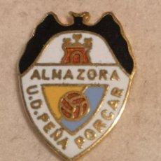 Coleccionismo deportivo: PIN FUTBOL - CASTELLÓ (CASTELLON-ALMAZORA) - ALMASSORA - UD PEÑA PORCAR. Lote 243342080