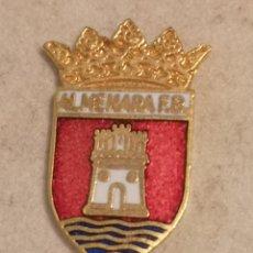 Coleccionismo deportivo: PIN FUTBOL - CASTELLÓ (CASTELLON) - ALMENARA - ALMENARA FB. Lote 243342580