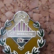Coleccionismo deportivo: INSIGNIA ESCUDO C.D. MANACOR. Lote 244450365