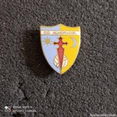 Colecionismo desportivo: PIN C.D. ALMORADIEL - LA PUEBLA DE ALMORADIEL (TOLEDO). Lote 244840880