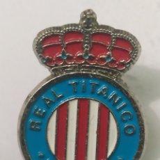 Coleccionismo deportivo: PINS DE FÚTBOL OFICIAL. REAL TITANICO LAVIANA. ASTURIAS. Lote 245222030