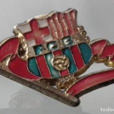 Coleccionismo deportivo: PIN FÚTBOL CLUB BARCELONA (F.C.B) AÑO 1993. Lote 245996295