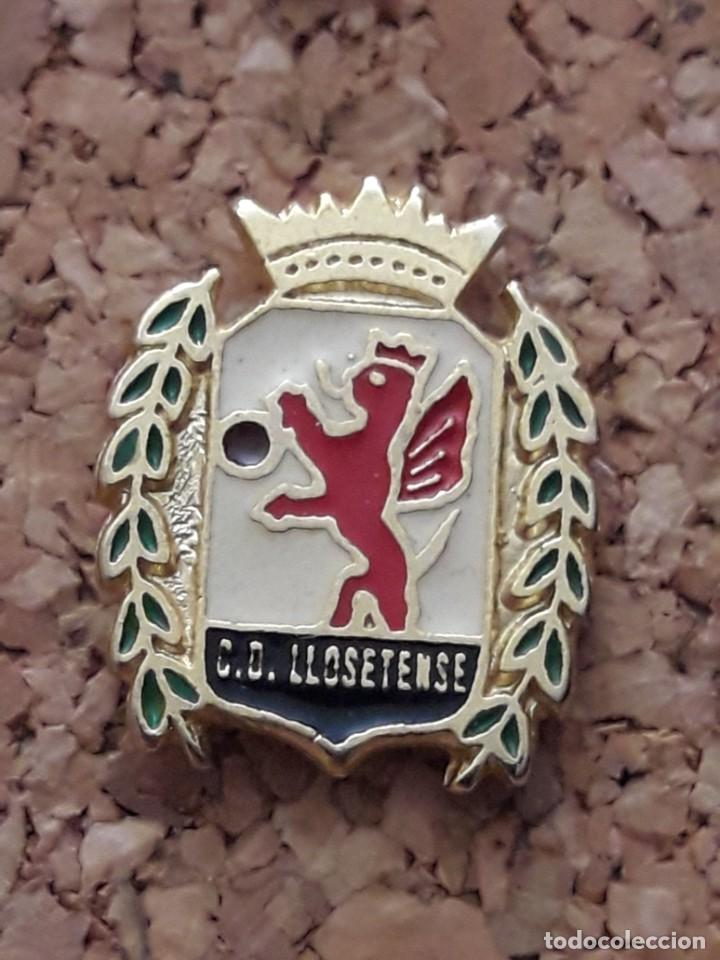 INSIGNIA ESCUDO C.D. LLOSETENSE (Coleccionismo Deportivo - Pins de Deportes - Fútbol)
