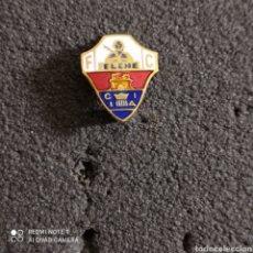 Coleccionismo deportivo: PIN F.C. ELCHE - ELCHE (ALICANTE). Lote 246096280