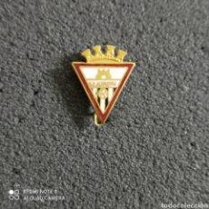 Coleccionismo deportivo: PIN C.D. ALMAZORA - ALMAZORA (CASTELLÓN). Lote 246098415
