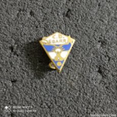 Coleccionismo deportivo: PIN C.D. SEGARRA - VALL D'UXO (CASTELLÓN). Lote 246098560