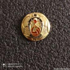 Coleccionismo deportivo: PIN C.D. TENDETES - VALENCIA. Lote 246099760