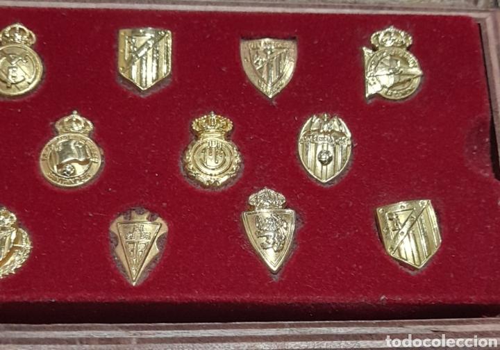 Coleccionismo deportivo: PINS Insignias de Oro Liga 2003 /2004 . Ver fotos. - Foto 3 - 248075380