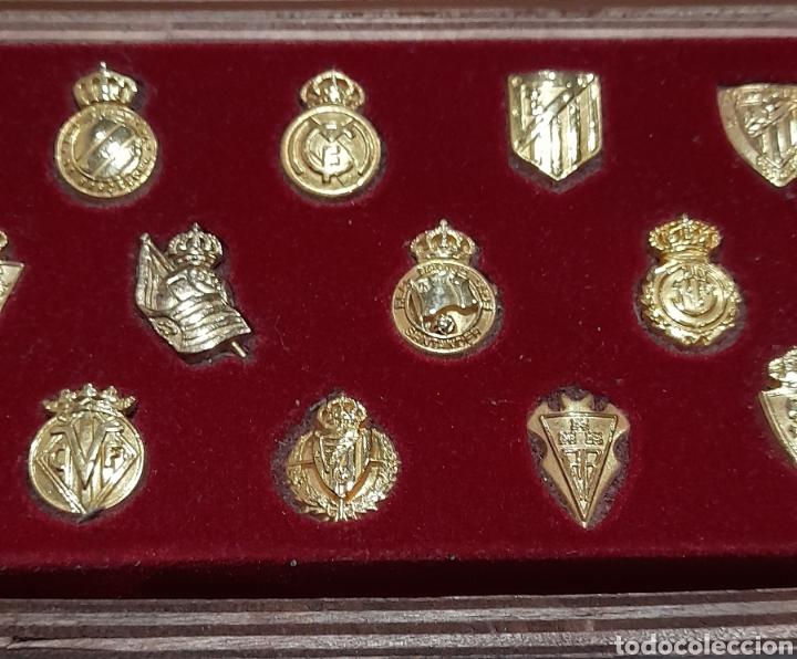 Coleccionismo deportivo: PINS Insignias de Oro Liga 2003 /2004 . Ver fotos. - Foto 4 - 248075380