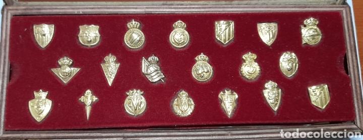 Coleccionismo deportivo: PINS Insignias de Oro Liga 2003 /2004 . Ver fotos. - Foto 5 - 248075380