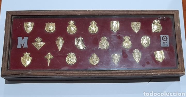 Coleccionismo deportivo: PINS Insignias de Oro Liga 2003 /2004 . Ver fotos. - Foto 7 - 248075380