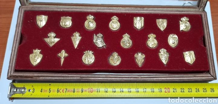 PINS INSIGNIAS DE ORO LIGA 2003 /2004 . VER FOTOS. (Coleccionismo Deportivo - Pins de Deportes - Fútbol)