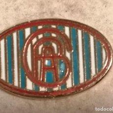 Coleccionismo deportivo: PIN FUTBOL - ALACANT / ALICANTE - GRUPO DEPORTIVO CIRCULO BELLAS ARTES. Lote 252897265