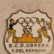 Coleccionismo deportivo: PIN FUTBOL - ALACANT / ALICANTE - BCD OBRERA VIRGEN DEL REMEDIO. Lote 252899390