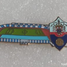 Collectionnisme sportif: PIN FÚTBOL ESTADIO MELILLA UD. Lote 253075470