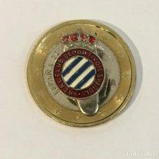Coleccionismo deportivo: PIN SOLAPA DE OJAL DE FÚTBOL - ESCUDO DEL REAL CLUB DEPORTIVO ESPAÑOL. Lote 253932775