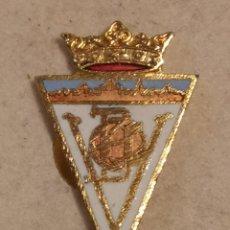 Coleccionismo deportivo: PIN FUTBOL - ALACANT / ALICANTE - VILLENA - CD VILLENA. Lote 254666625