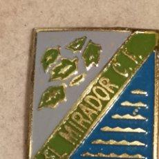 Coleccionismo deportivo: PIN FUTBOL - DESCONOCIDO - EL MIRADOR CF. Lote 254857345