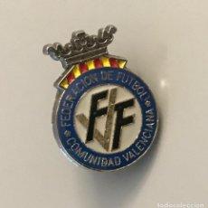 Coleccionismo deportivo: PIN FEDERACION FUTBOL COMUNIDAD VALENCIANA. Lote 256050380