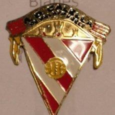Coleccionismo deportivo: PIN FUTBOL - GIRONA - CALELLA DE PALAFRUGELL - AD CALELLA. Lote 260620460