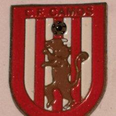 Coleccionismo deportivo: PIN FUTBOL - GIRONA - CAMÓS - CF CAMÓS. Lote 260697595