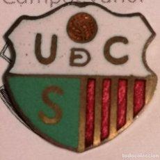 Coleccionismo deportivo: PIN FUTBOL - GIRONA - CASSÀ DE LA SELVA - UD CASSÀ. Lote 260788060