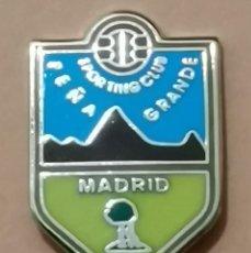 Coleccionismo deportivo: PIN DE FÚTBOL... SPORTING CLUB PEÑA GRANDE. MADRID. Lote 260803800