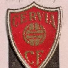 Coleccionismo deportivo: PIN FUTBOL - GIRONA - CERVIÀ DE TER - CERVIÀ CF. Lote 261154375
