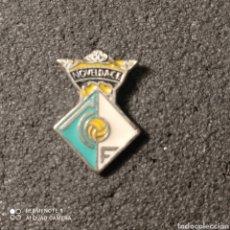 Coleccionismo deportivo: PIN NOVELDA C.F. - NOVELDA (ALICANTE). Lote 261646625
