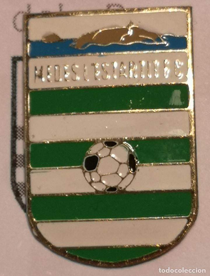 PIN FUTBOL - GIRONA - L'ESTARTIT - MEDES L'ESTARTIT FC (Coleccionismo Deportivo - Pins de Deportes - Fútbol)