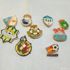 Coleccionismo deportivo: LOTE DE PINS DE CLUBES DE ESPAÑA. Lote 262021175