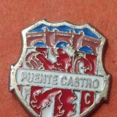 Coleccionismo deportivo: PINS DE FÚTBOL PUENTE CASTRO FC LEON. Lote 262052520