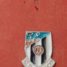 Coleccionismo deportivo: PINS DE FÚTBOL CD RIOSECO VALLADOLID. CASTILLA Y LEÓN. Lote 262052940